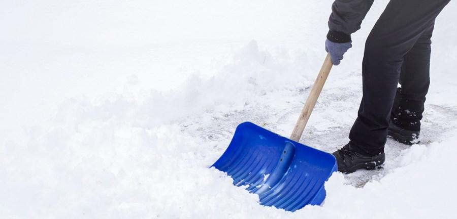 Уборка территории от снега в тюмени