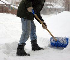 Лопата для уборки снега финская
