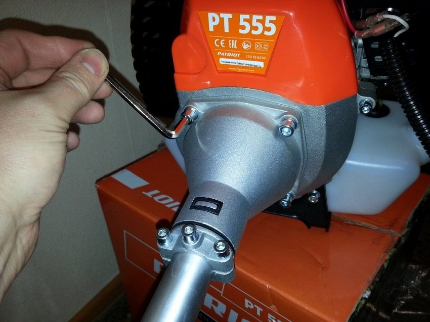 Обслуживание электрического триммера своими руками