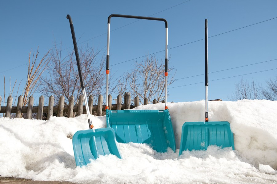 уборка снега скрепером