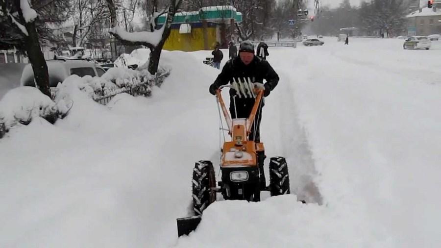 Снегоуборочные машины для дома